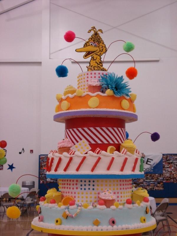 Birthday Cake In School Theme