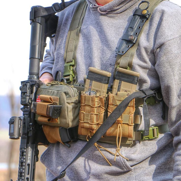 We have a review up on YouTube (LINK IN PROFILE) on the Kangaroo Shingle from @hybriddefensive. This is a chest rig option that allows you to add pouches and mag carriers according to your specific needs. Check out the review and let us know what you think. #WiseMen #2a #edc #edcgear #everydaycarry #gunlife #pocketdump #igmilitia #pewpew #gear #comeandtakeit #wiseguy #ar15 #blkout #pockettools #multitool #guns #dtom #survival #prepared #gunsofig #gunaddict #igshooters #gunvids