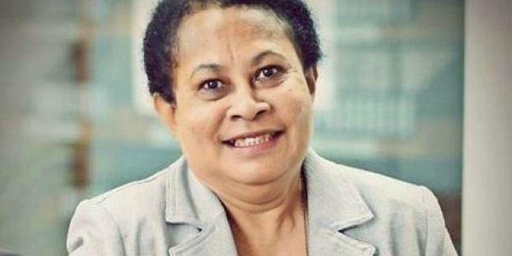 Yohana Yembise, Menteri PP & PA Asli Papua | AlbarruNews