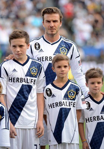 the beckham family is way to attractive