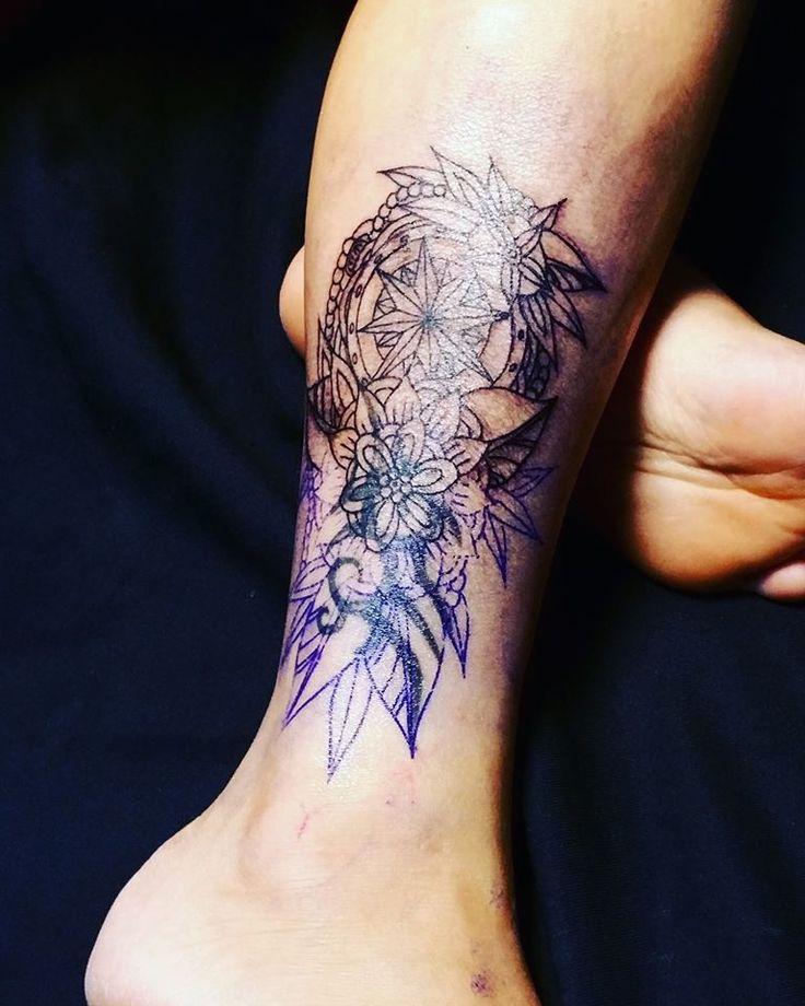 oltre 20 migliori idee su tatuaggi tribali uomo su pinterest tatuaggi tribali spalla. Black Bedroom Furniture Sets. Home Design Ideas