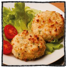 Salmon fish cakes - cheap quick and easy recipe using tinned salmon