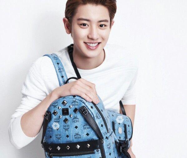 #exo #chanyeol #funnychanyeol #backpack #cute #loveit