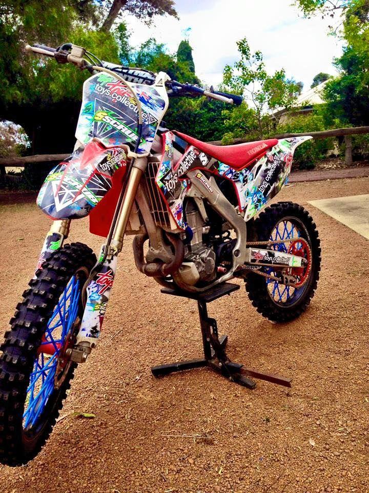 Honda dirt bike graphics. #mx #motocross / Pinterest: pearlxoxoxo
