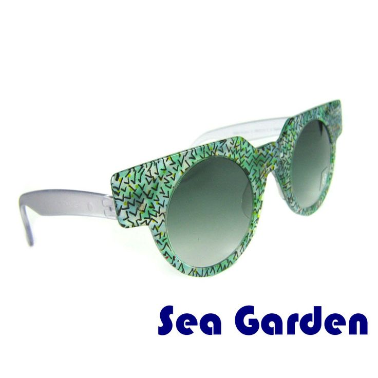 "Vintage sunglasses SEA GARDEN SWATCH  These round sunglasses are original and were made by Swatch in 1990s. The ""Sea Garden"" model is made for those who love the calming green hue. The frame has an abstract design. The glasses are made of high quality acetate. The mask can be removed.  Price: €9.99"