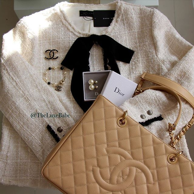 🌞👜💋Good Morning Lovelies 💋 Sunday morning outfit, simply classic 🌞#Chanel…