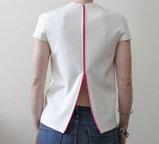 szycie na maszynie, szycie ubrań, blog o szyciu, blog krawiecki, wykroje burda, szycie T-shirtu, biały T-shirt, biały top, minimalistyczny top, suwak na plecach