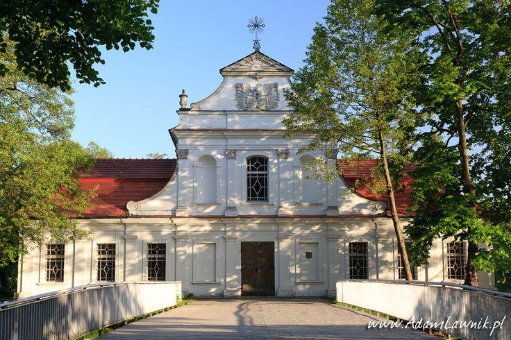 Zwierzyniec, kościółek na wodzie, Roztocze, Polska