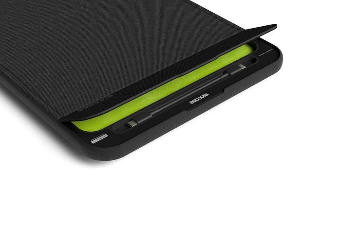 Incase's new MacBook Pro sleeve doubles as an external battery