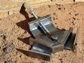 Miller - Welding Projects - Idea Gallery - Corner Clamp