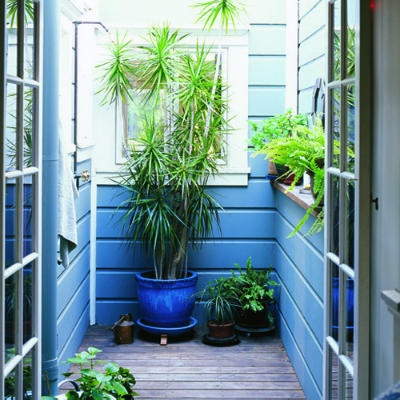 No reason to drag the mud inside...: Plants Can, Outside Shower, Shower Design, Decks Ideas, Outdoor Living, Outdoor Shower, Decks Design, Master Bedrooms, Outdoor Bathroom