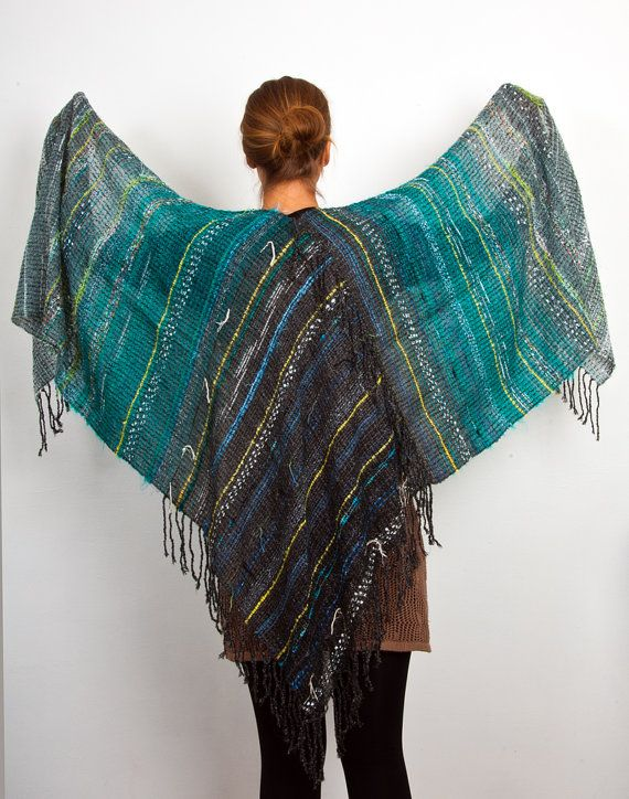 Hand woven Cashmere & Mohair shawl in Green and Grey (4022)
