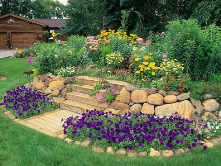 81 best images about outside spaces on pinterest for Flower bed shapes designs