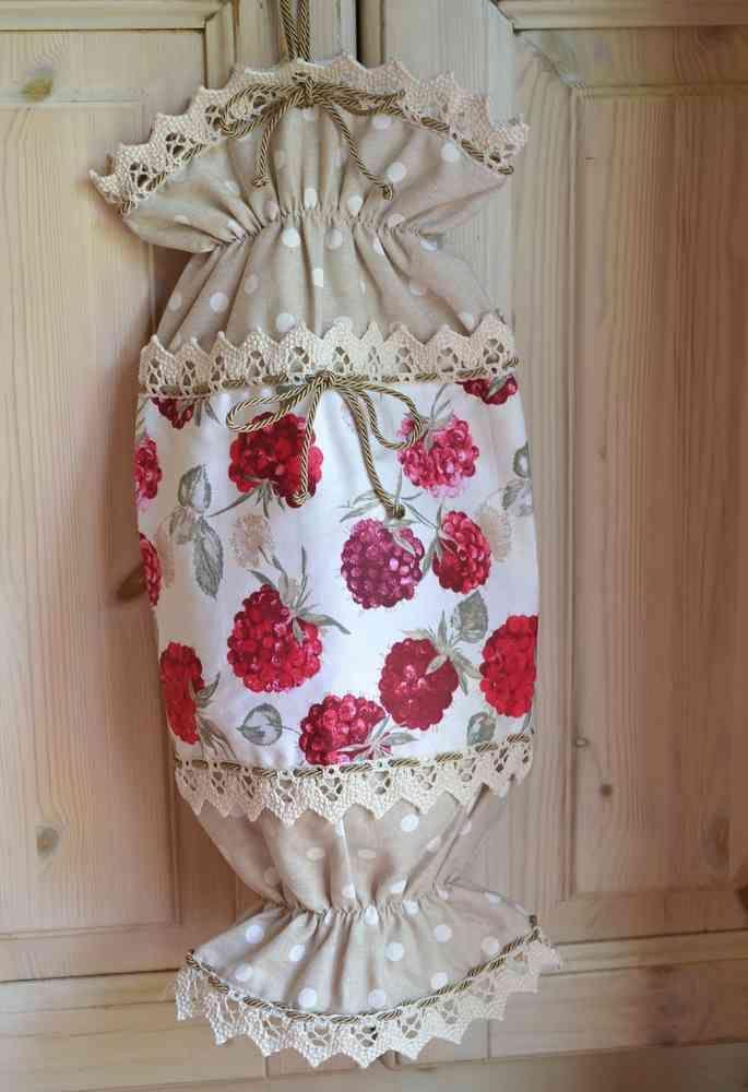 CARAMELLA PORTASACCHETTI - Linea Frutti Di Bosco  Originale caramella porta sacchetti realizzata abbinando due allegre fantasie di tessuto in puro cotone