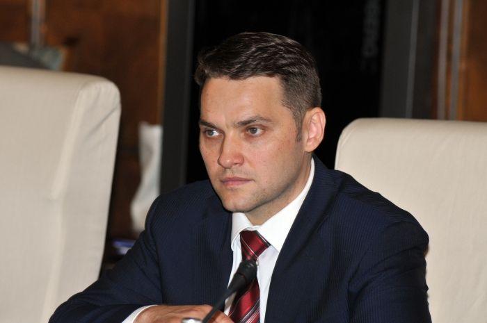 Comisia Juridica a votat favorabil retinerii si arestarii lui Dan Sova! - http://stireaexacta.ro/comisia-juridica-a-votat-favorabil-retinerii-si-arestarii-lui-dan-sova/
