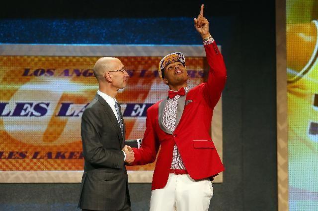 NBA Draft results 2015: Jahlil Okafor makes the 2015 NBA Draft— Cute Pic - http://www.nollywoodfreaks.com/nba-draft-results-2015-jahlil-okafor-makes-the-2015-nba-draft-cute-pic/