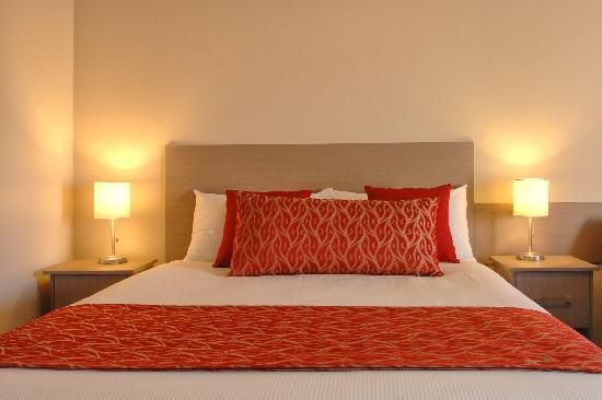 Superior Queen Room - The Tower Motor Inn Mt Gambier, South Australia.  Spirit Red Hotel Bed Runner and New York Cushion by HotelHome Australia.