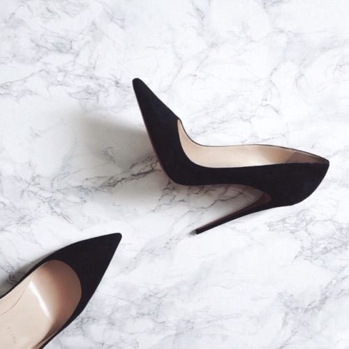 Black pumps. We just can't get enough of these heels.