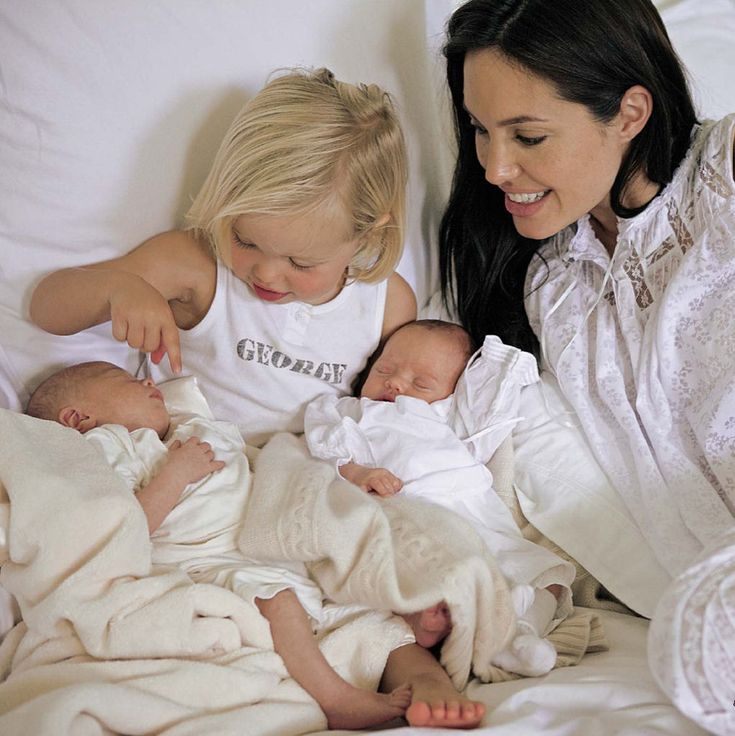 Angelina Jolie & Brad's Twins