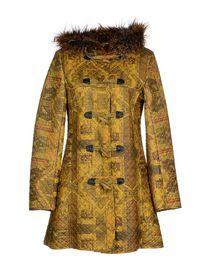 Il cappotto colorato perfetto per le donne AUTUNNO a cui si addicono colori caldi.  A colorful coat for AUTUMN ladies who are flattered by warm colors.  Per acquistarlo richiedi il PROMOCODE a angela@virgoimage.com TO buy it ask for your PROMOCODE to angela@virgoimage.com