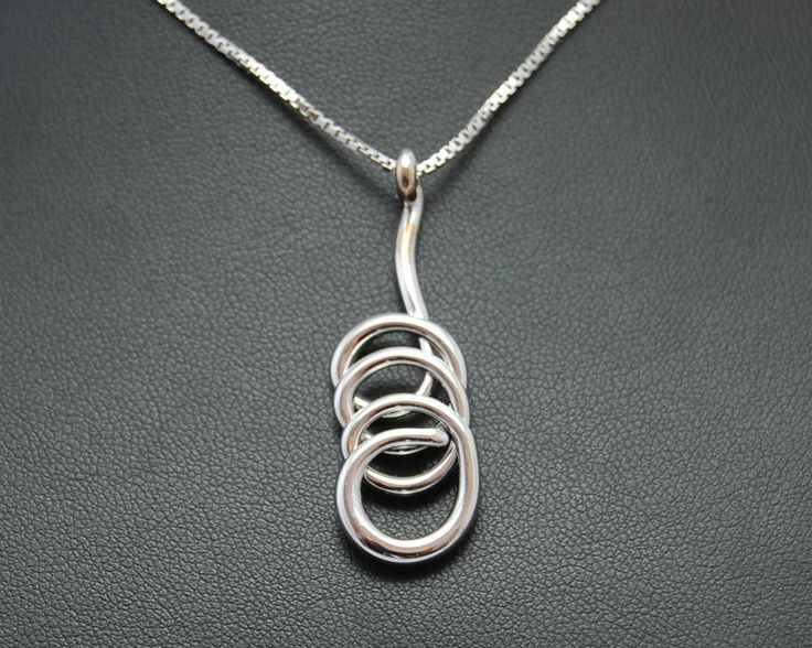 Necklace that draws Electroformed copper flattened spring, silver plating and rhodium