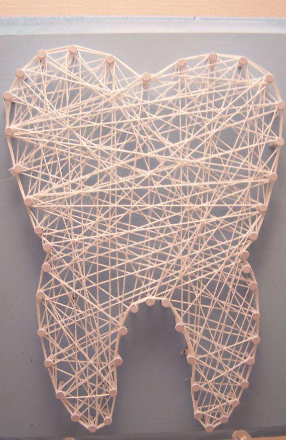 Wisdom tooth string art. Dental art. Tooth. por Stringlandia