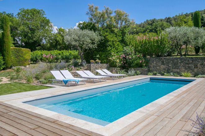 Terrasse Et Salon De Jardin En Acier Rappelant Le Couloir De Nage  Piscinelle. | Outdoor Living | Pinterest | Backyard, Outdoor Living And  Modern Pools