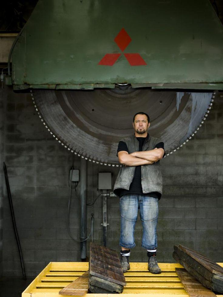 An interview with Waiheke Island sculptor Chris Bailey on Waiheke Radio