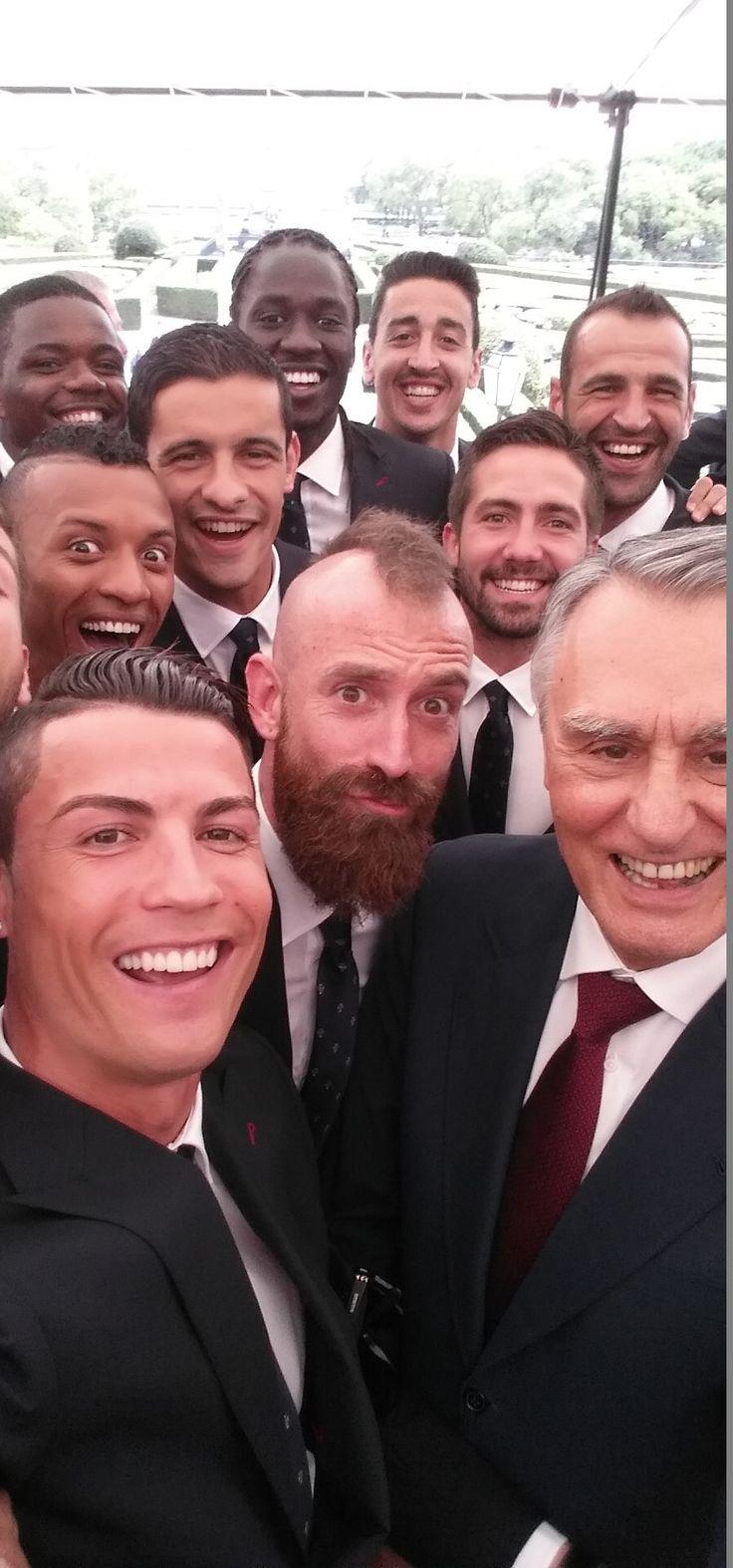 Portugal team selfie. #portugal #ronaldo