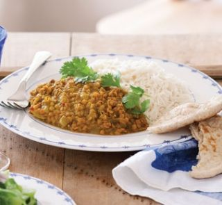 Curried red lentil dhal   Healthy Food Guide
