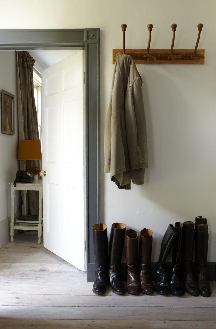 Five tips for updating your home door trim with cream walls
