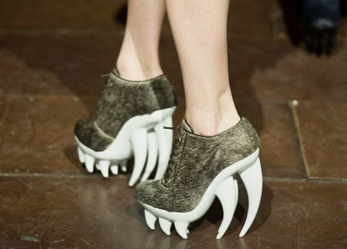 Would love to wear these to a board meeting. Talk about dragon lady.