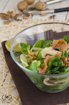 insalata di songino funghi salmone noci
