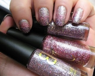 Gradient nails kitNails Mania, Nails Kits, Nails Design, Moondancerjen S Nails, Gorgeous Glitter, Gradient Nails, Sylvie Nails, Gorgeous Manicures, Glitter Gradient