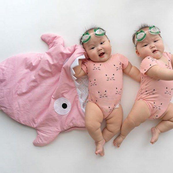 Мама азиатских близнецов посвятила детям страничку в Инстаграме (47 фото)