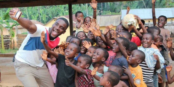 Entertainer Sam Okyere builds a school in Ghana! http://www.allkpop.com/article/2016/11/entertainer-sam-okyere-builds-a-school-in-ghana