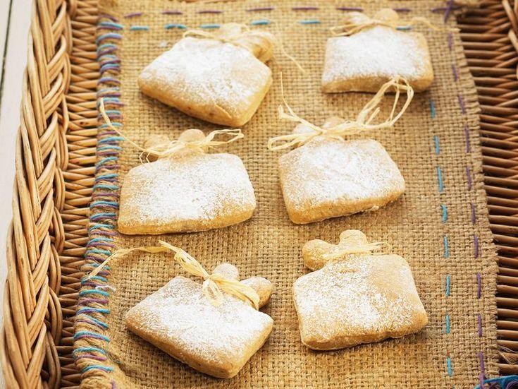 Découvrez la recette Petits biscuits d'épeautre sur cuisineactuelle.fr.
