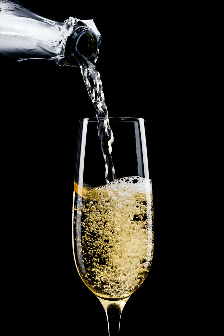 Never say no to Champagne #wine #champagne #whynotsparkling #cup #champagneglass #whynotblack