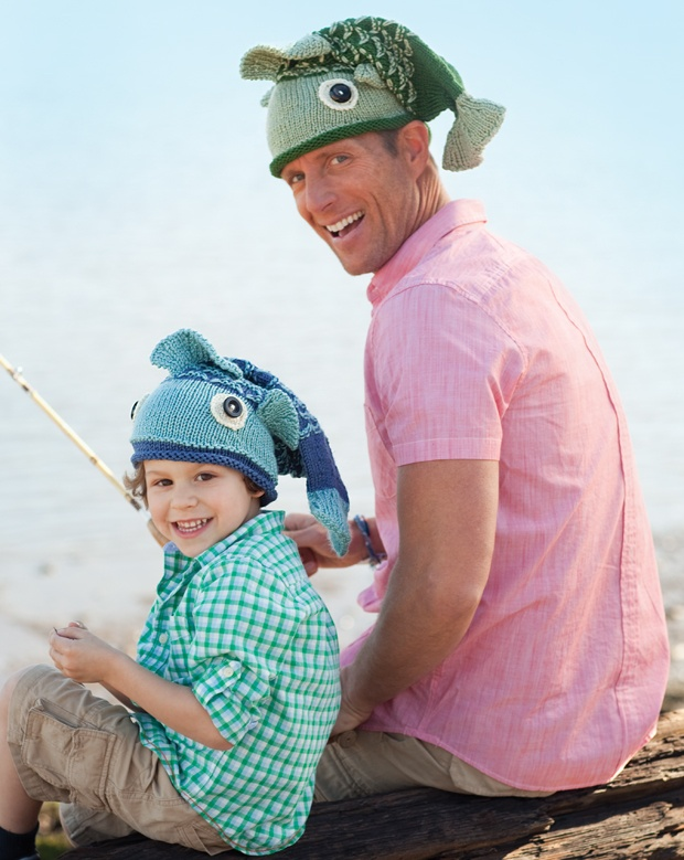 So fun! need someone to knit this for mike and max...fathers day...hmmm