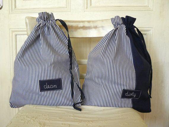 Voyage sac à linge, sacs pour les choses propres et Sales, rayures bleus marine