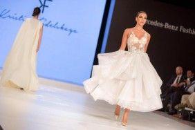 Szablya Ákos Ceremóniamester | Kristina Fidelskaya eszméletlen esküvői ruhái - Ceremóniamester ajánlja