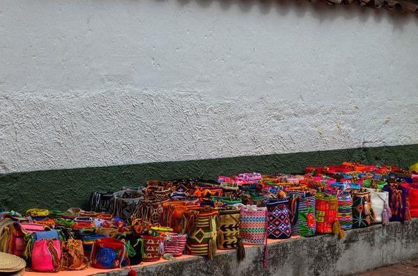 Usaquén, Bogotá Effortless Fashion - Maglietto #TravelColombia