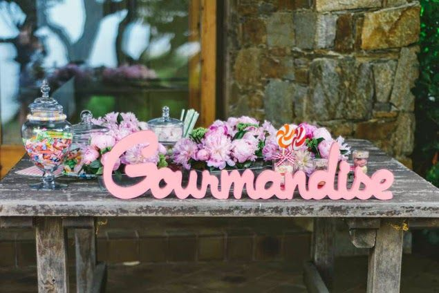 215 best images about candy bar on pinterest candy bars - Deco table gourmandise ...
