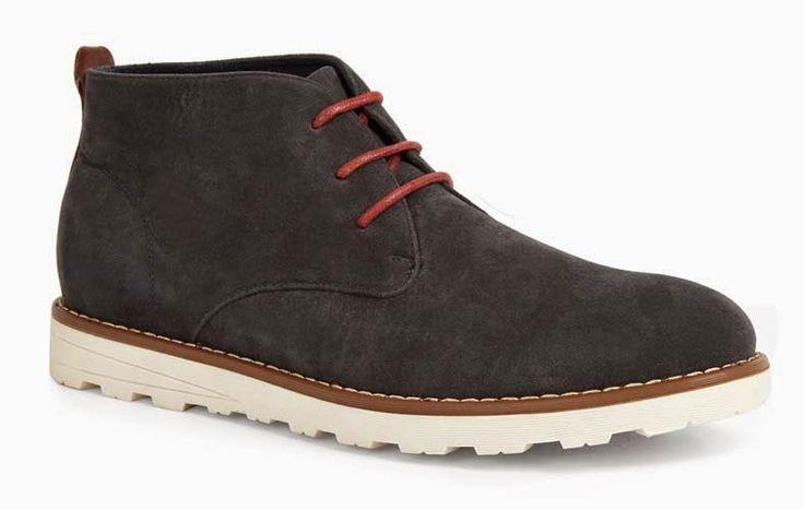 Zapatos en negro con cordones rojos para hombre - Moda en Calle