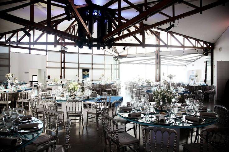 Arriba's Salon wedding venue wedding destination Portugal marry abroad wedding by the sea #arribabythesea