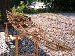 Holzstruktur des #skinonframe Kajaks - es ist 5,2m lang und unglaublich leicht #kanubau