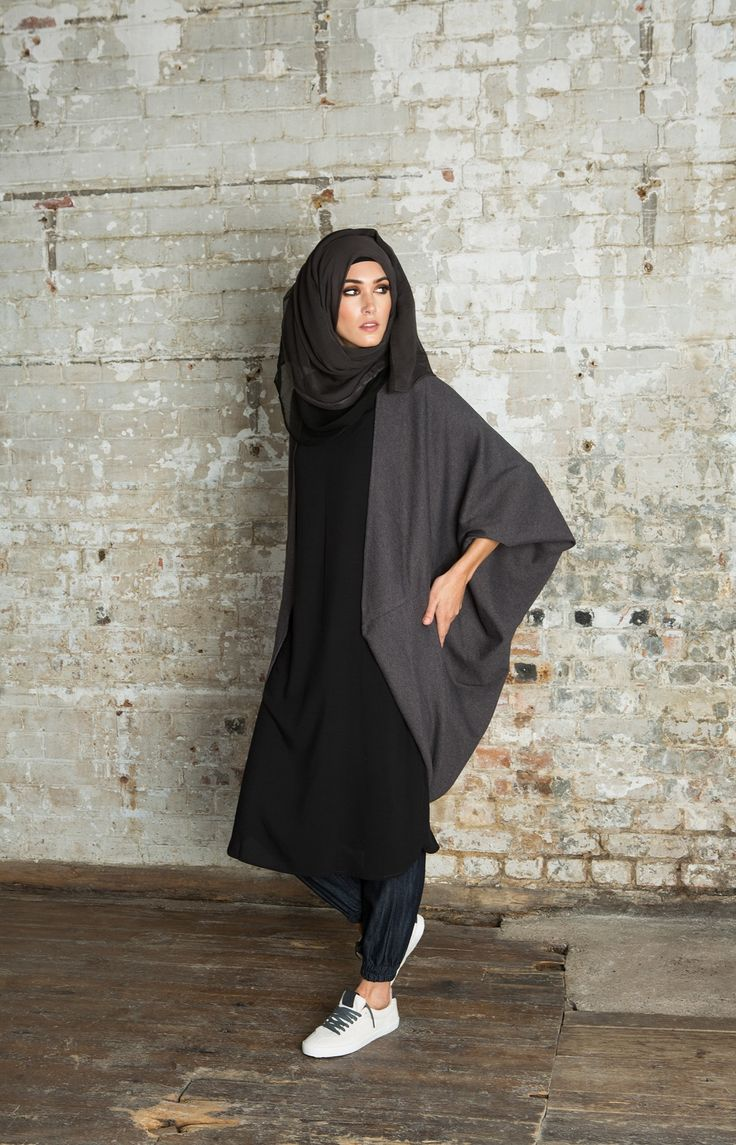 Cozy Batwing Charcoal | Aab