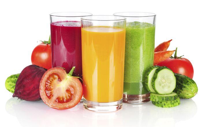 Färskpressad juice är en riktig vitaminkick. Gör du en juice-detox eller går på 5:2 kan få i dig tillräckligt med vitaminer och mineraler genom att fasta med juicer under en eller ett par dagar.
