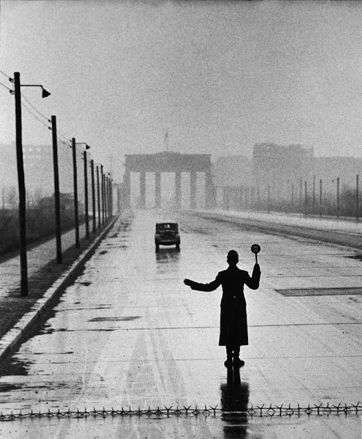 Ralph (Rudy) Crane / Germany-USA-Suisse  One of the best: Ralph Cranes, Photos, Berlin Police, Automobile Arrival, West Berlin, East Berlin, Photography Black, Eastern Sector, Berlin Germany