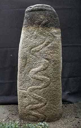 Estatua-menhir del Dolmen de Navalcán, hoy en el museo de Santa Cruz de Toledo